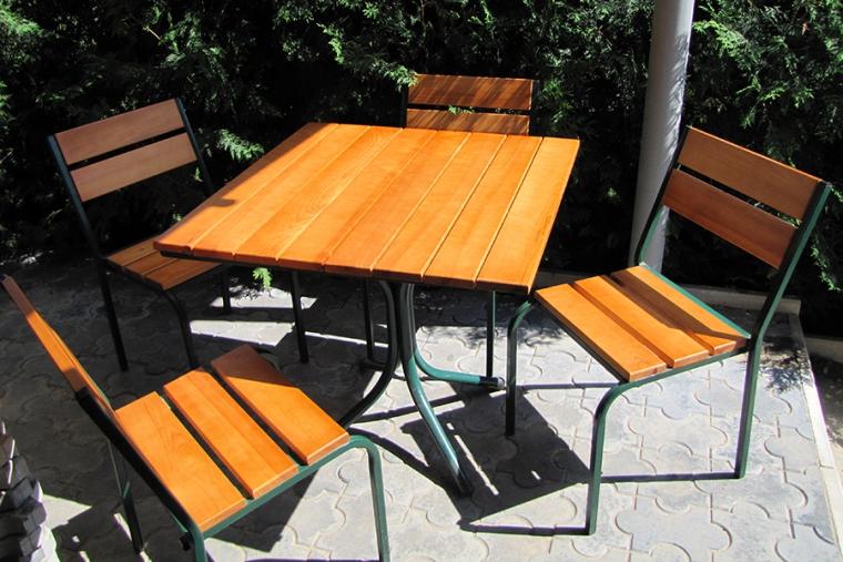 Купить столы для кафе в Полтаве